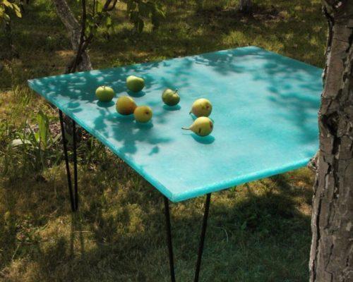 table chez Louis Marie